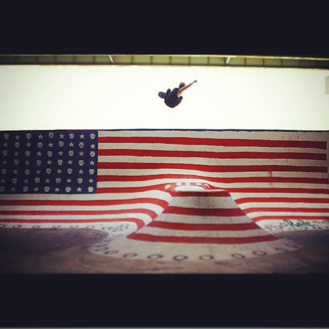 flyin the flag! epic shot to finish off a great 4th of July weekend by  @notryanmiller at FDR  #fdrskatepark #fdr #philly #4thofjulyweekend #5thofjuly #philadelphia #skatelife #skateboard #skateboarding #skateboardingisfun #skateeverydamnday #skateeveryday #skying #skateboardair #photooftheday #photo #sk8ordie #skateordie #sk8 #skatelife #skateart #flag #americanflag #redwhiteandblue #whatever #whateverskateboards
