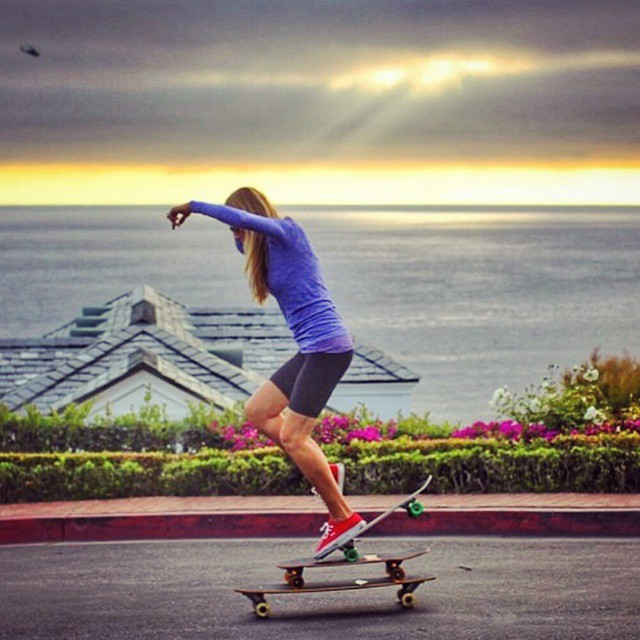 More amazing balance, nose manual on 3 skateboards this time!  @lagunasocal  @asurfergirl #skateboard #skate #sk8 #skatelife #beach #socal #skateboards #3skateboards #nosemanuals #nosemanual #boss #balance #laguna #california #skateboarding #skateboardingisfun #skateeverydamnday #girlsthatskate #girlsthatshred #skatergirl #skateordie #sk8ordie #whatever #whateverskateboards
