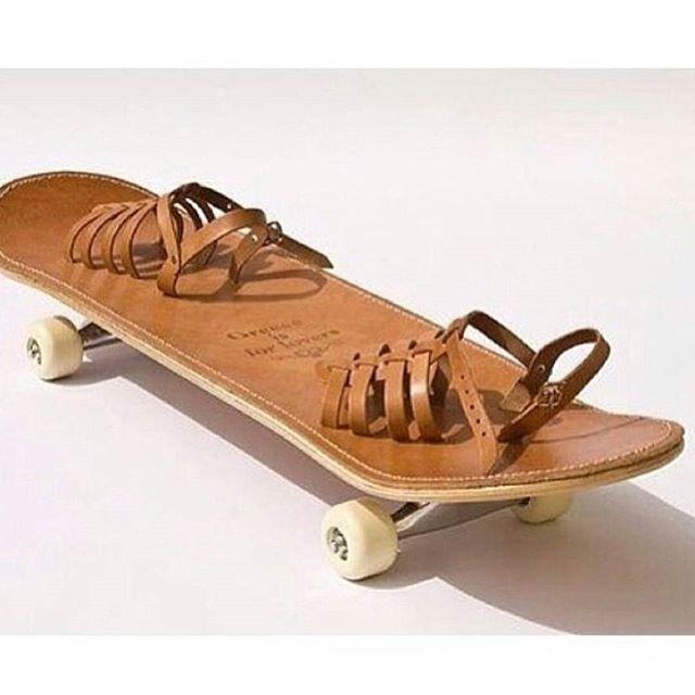 When we say design your own skateboard, this is Not what we mean.  @whyidontskateboard  #notaskateboard #wtf #arethosefootstraps #ifskateboardshadaids  #kiddingnotkidding #skateboard #skateboarding #skatelife #leathergonewrong #skateordie #funny #skateordont #viva #madefromscratch #skatecow #skatecowboy #barftrain #dontfixwhataintbroke #lol #whatever